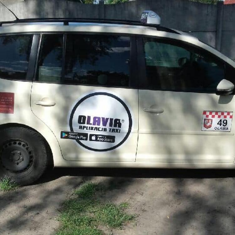 Nowe logo Olavia na Turanie