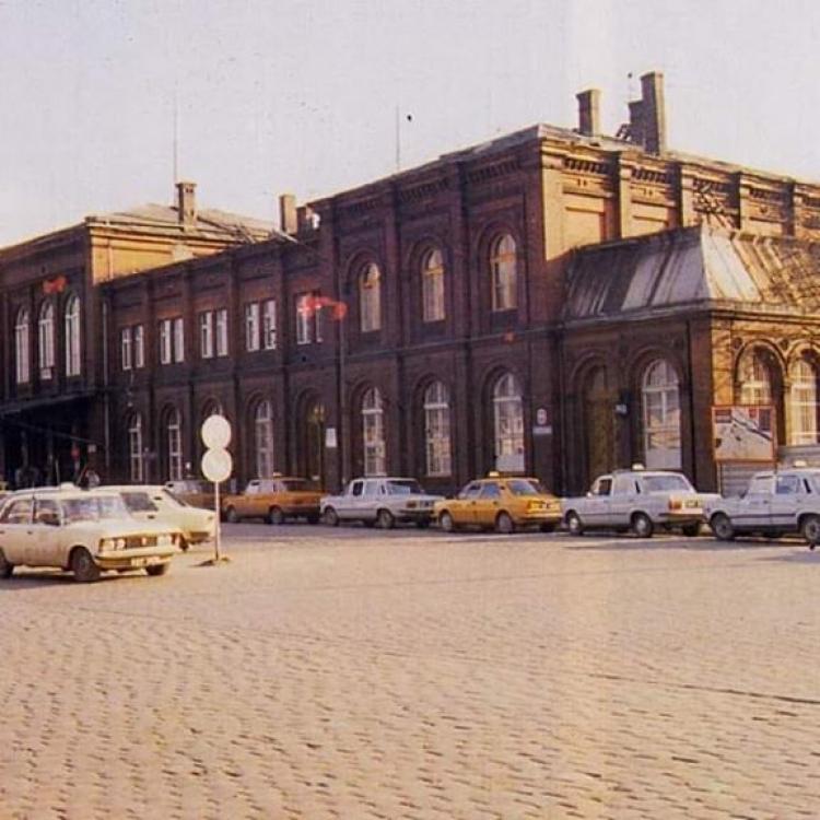 Zdjęcie postoju Taxi w Brzegu z lat 90-tych