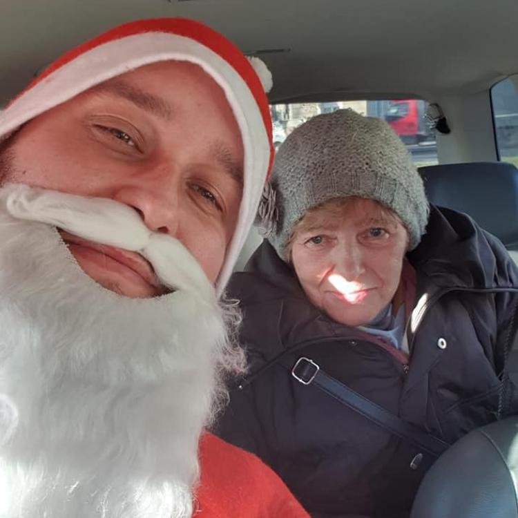 Święty Mikołaj w Olavia Taxi